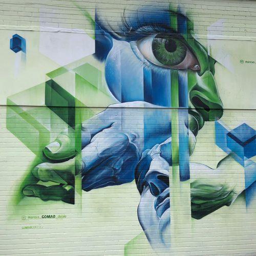 Vrij werk Streetart Bristol Upfest GOMAD Marcus GOMAD Debie