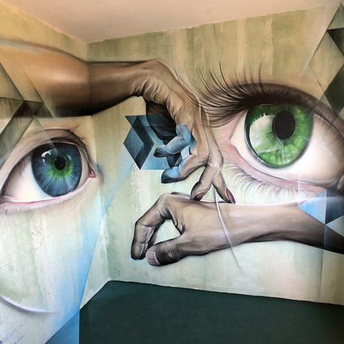 streetart mural hotel128 streetart city France marcus gomad debie