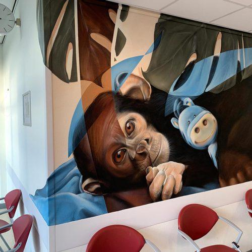 muurschildering zuyderland ziekenhuis heerlen wachtkamer aap