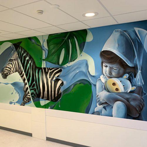 muurschildering zuyderland ziekenhuis heerlen wachtkamer giraffe